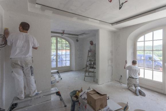 Artisan peintre à Senlis